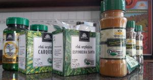 """alt=""""capsula-de-curcuma-organica-sache-cha-organicos-kampo-de-ervas"""""""